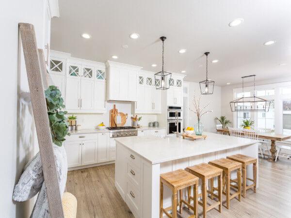 White Bathroom Design Project in Houston, TX